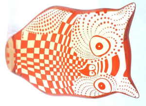 PALATNIK  Escultura cinética representando coruja em resina de poliéster de manufatura Abraham Palatnik. Medindo 12 cm de altura por 8,5 cm de comprimento.